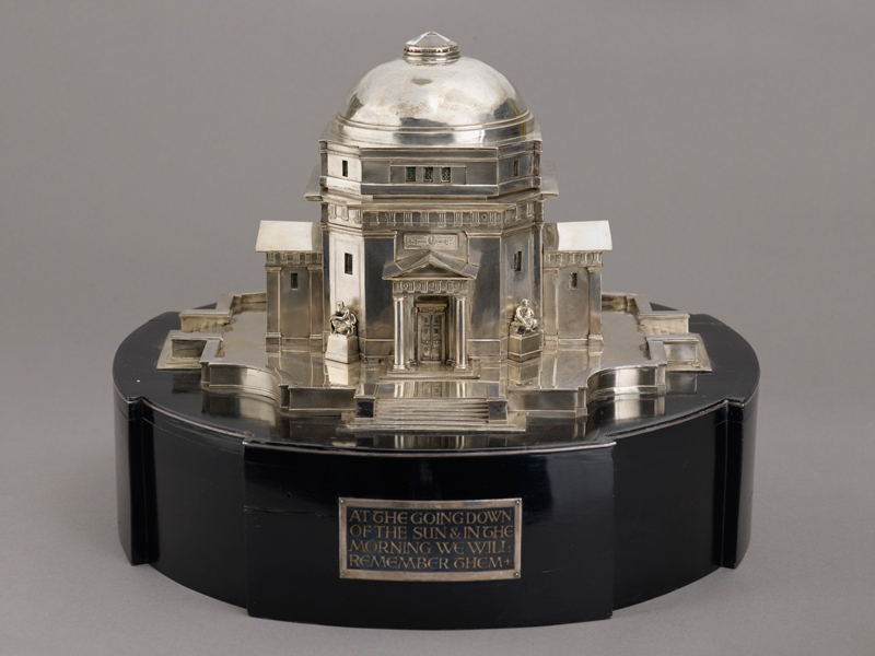 Hall of Memory silver casket, 1925  [Birmingham Museums: AG37]