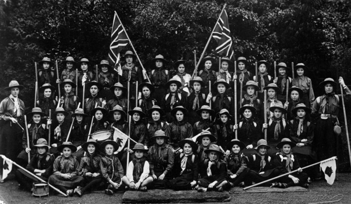 Abbey Girl Scouts, 1911-1916 [Courtesy of Worcestershire Girl Guides]