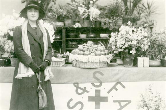 Elizabeth Bowes-Lyon (later Queen Elizabeth the Queen Mother) at a SSFA fundraising event, 1915